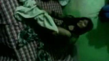 Cute bangla teen naked show n fuck with audio
