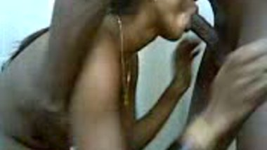 Indian sex scandal clip of Tamil girl who fucked by hubby�s friend