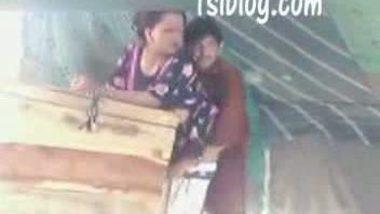 Paki bhabi fucked by devar in doggy style – Desi sex