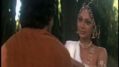 Simi Grewal – Shashi Kapoor sex Scene from a 1972 bollywood movie-1