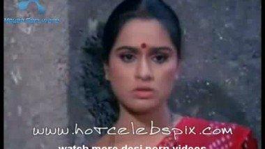 Richa Sharma Hot Sceen With BF