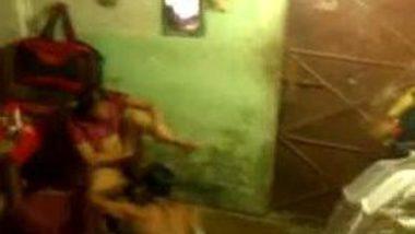 Bhabhi shaved pussy by husband hidden cam mms