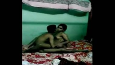Hyderabad teen girl hard fucked by cousin leaked mms