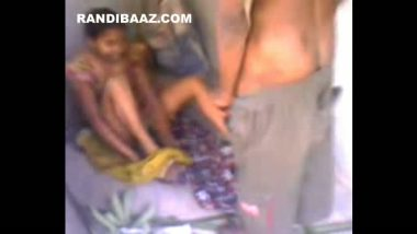 Desi village girl exposing private parts to neighbor