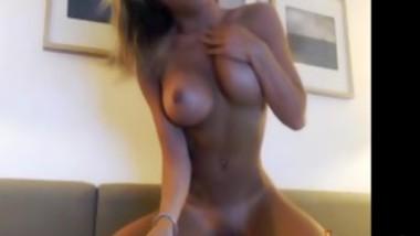 Swedish girl masturbate and but plug FoxyCamSex