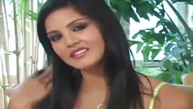 Sunny Leone- Jerk Off Encouragement Full