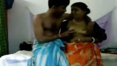 Indian homemade sex tape of a chubby girl being boned