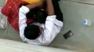 Out door xxx video bhabhi hot blowjob on street