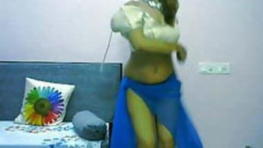 Bhbhai Ka desi Hot Dance