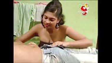 Desi lankan hot actress