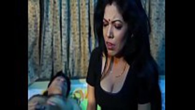 Sexy Bengali housewife lusting on other men