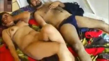 Exploring naked body of sexy Punjabi bhabhi