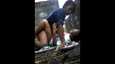 Sexy Nepali village girl fucked in the backyard