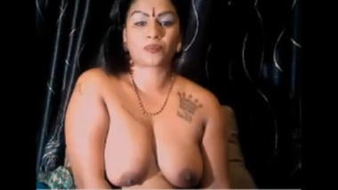 Indian BBW Aunty As A Cam Girl