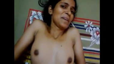 Sexy Aunty From Delhi Feels Scared Of Man's Cum