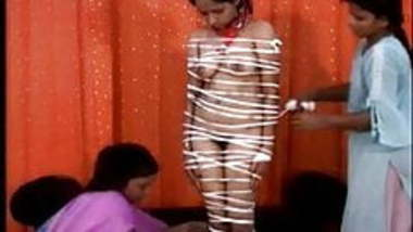 Kinky Chahat (Indians try BDSM)