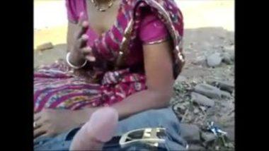 Sexy Marwadi Woman's Outdoor Blowjob