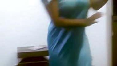 indian drunk aunty dancing