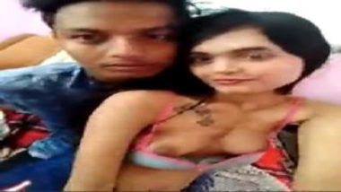 Desi college girl showing boobs to lover for sucking