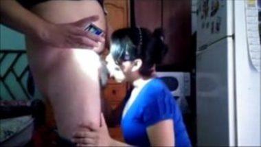 Delhi Bhabhi Sucking Cock Of Plumber At Home