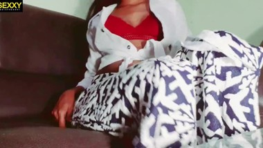 sri lankan sexy wife voice call කාලෙකින් හිකුවෙ නැනෙ සුදු අද ඕනිමයි