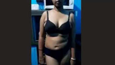 Boudi Nude Video Record By Hubby Part 1