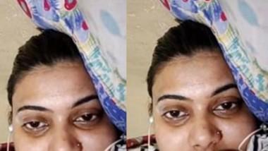 Kolkata Girl Showing Her Boobs on Video Call
