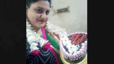 Unfaithful Bangladeshi Married Bhabi Showing On Video Call