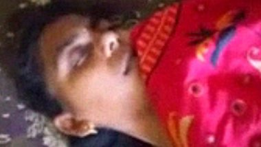Vellore college girl with eyes closed enjoying anal fingering