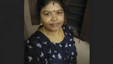 Sexy mallu Bhabhi 3 New Leaked Video Part 1