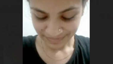 Desi Girl Showing Her Beautiful Boobs