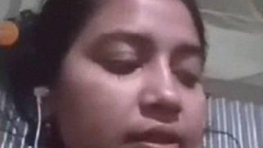 Kolkata Shantipur kudi showing off her naked figure on video call