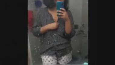 Bengali Girl Update 2 More Clip Part 1