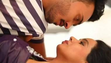 PG Girl – Hindi Feneomovies Web Series S1E1