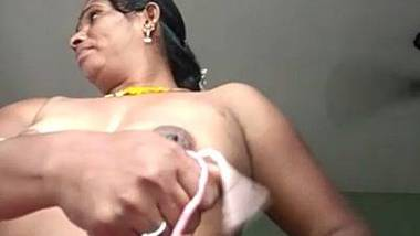 Nude Indian matured aunty