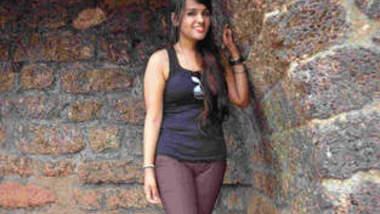 Leaked MMS of horny desi girl
