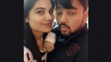 Hot Desi Bhabhi Nude Selfie Vids Part 2