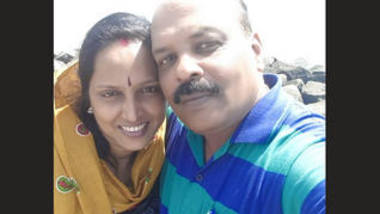 Indian sexy bhabi outdoor romance with her boss