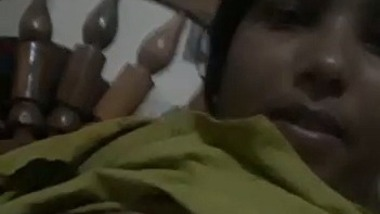 Telugu wife boobs selfie MMS video – Andhra nude show