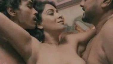 LandLady (2020) UNCUT Hindi hot series HDRip