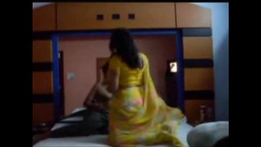 Gujarati porn video of husband and wife in hotel room