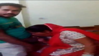 Mature punjabi aunty threesome sex with guys