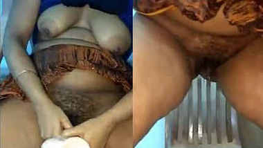 Horny desi girl Piyali fucked herself by a dildo and discharge cum