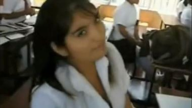 Sexy college girl gets fucked in the classroom by her boyfriend