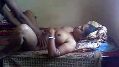 Sexy Desi Boudi Gets Horny While Sucking Husband Dick 1