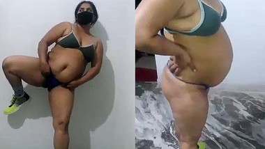 Neetu Bhabhi enjoying herself fingering tit fondling ass flaunting