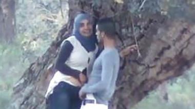 Desi hot couple sex in the park