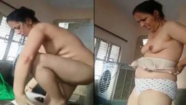 Cheating Punjabi Bhabhi Vdo Captured by Young BF wid Audio