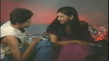 Kolkata Bhabhi In Purple Saree Hot XXX Sex Video