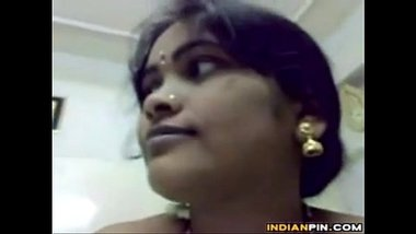 Marathi Aunty With Big Breasts Riding